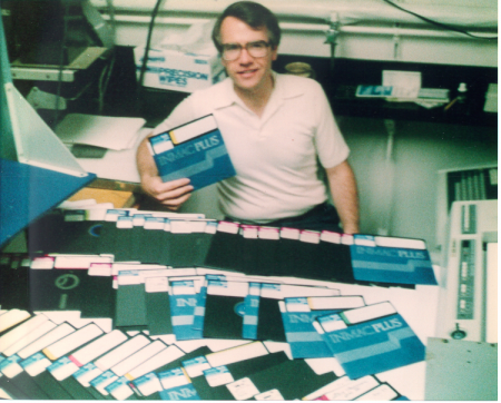 Data from electrophoretic gels were stored in 8-inch floppy disks